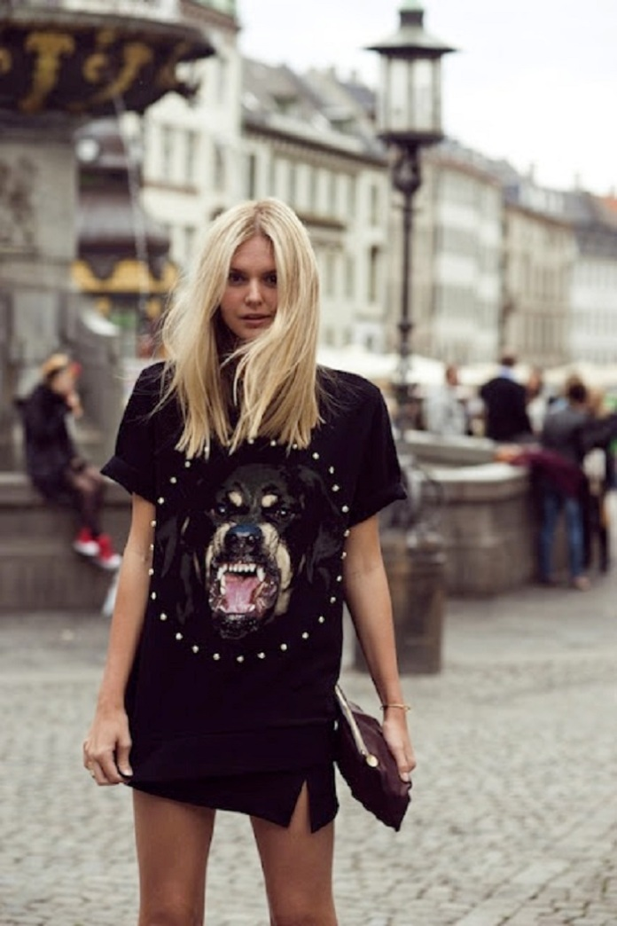 Spring-2013-fashion-week-street-style-trend-Givenchy-animal-print-tees-moda-rubia-mala- (8)