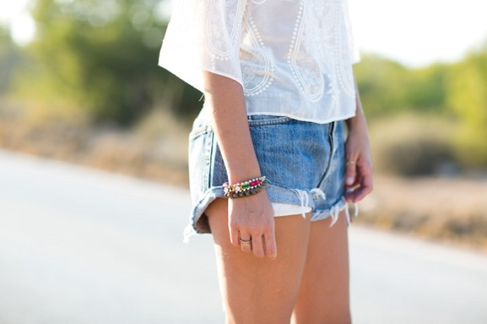 Lace_Top-Levis-Floral_Crown-Su_Shi_Bag-Street_Style-Outfit-2