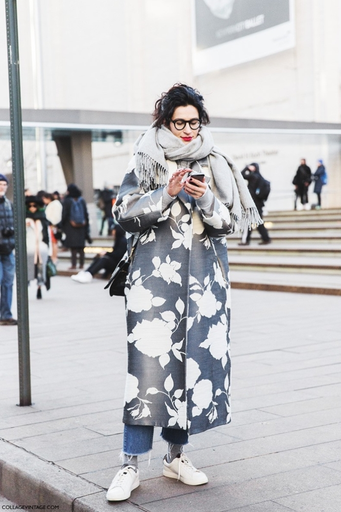 New_York_Fashion_Week-Fall_Winter_2015-Street_Style-NYFW-Printed_Coat-Saint_Laurent_Sneakers-Grey_Scarf--790x1185